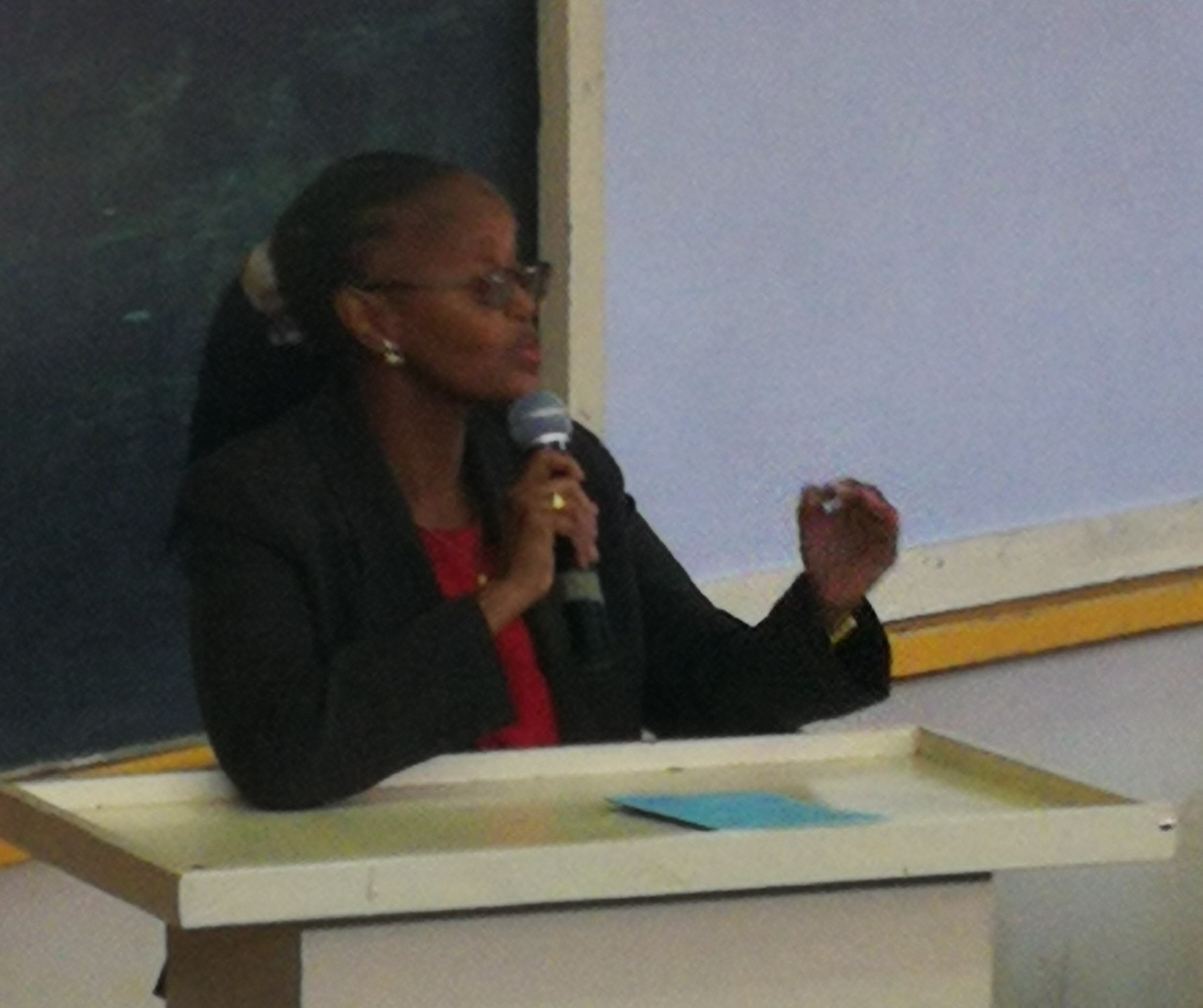 MS. NYMABURA SPEAKING ON UNIVERSITY CONTACTS AND ADMISSION MATTERS.jpg