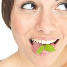 How to conquer bad breath