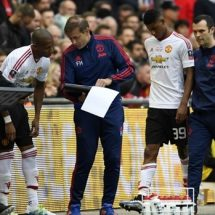 A fourth substitute will be introduced in this year's FA Cup from the quarter-final onward