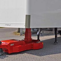 Electric cart gives humans the strength to pull an entire semi truck