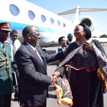 Pombe Magufuli receives 21-gun salute on his arrival