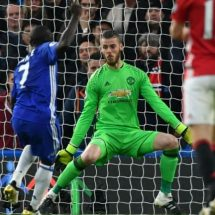 Mourinho given 'surprising reception' on his Chelsea return