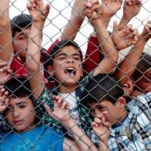 Ten countries host half of world's refugees
