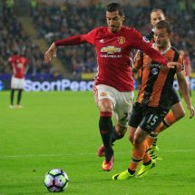 Mkhitaryan promises United fight on four fronts