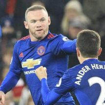 Rooney clarifies United loyalty, sets new target ahead of next match