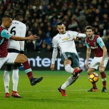 Substitutes Mata, Rashford guide United in beating Hammers