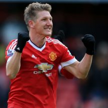 Bastian Schweinsteiger leave Manchester United to sign for Chicago Fire.