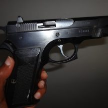 Househelp flees with loaded gun after stealing cash from employer in Lavington