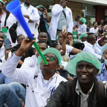 President Uhuru agrees to raise striking doctors' allowances after clergy intervention