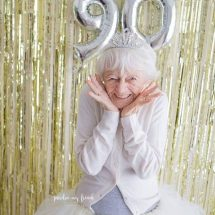 Grandmother celebrates her 90th birthday with a gloriously funny photoshoot