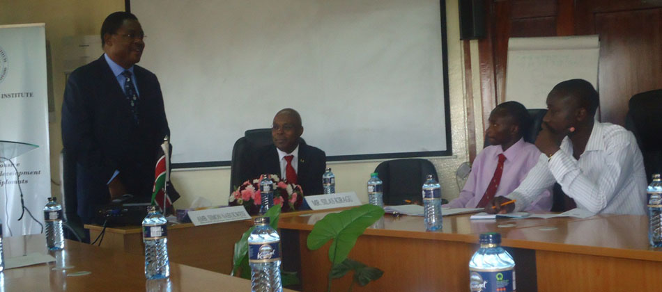 Ambassador Nabukwesi addressing some of the KUESA members at the Foreign Service Institute offices in KICC